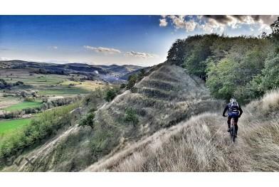 Cu bicicleta pe Colinele Transilvaniei