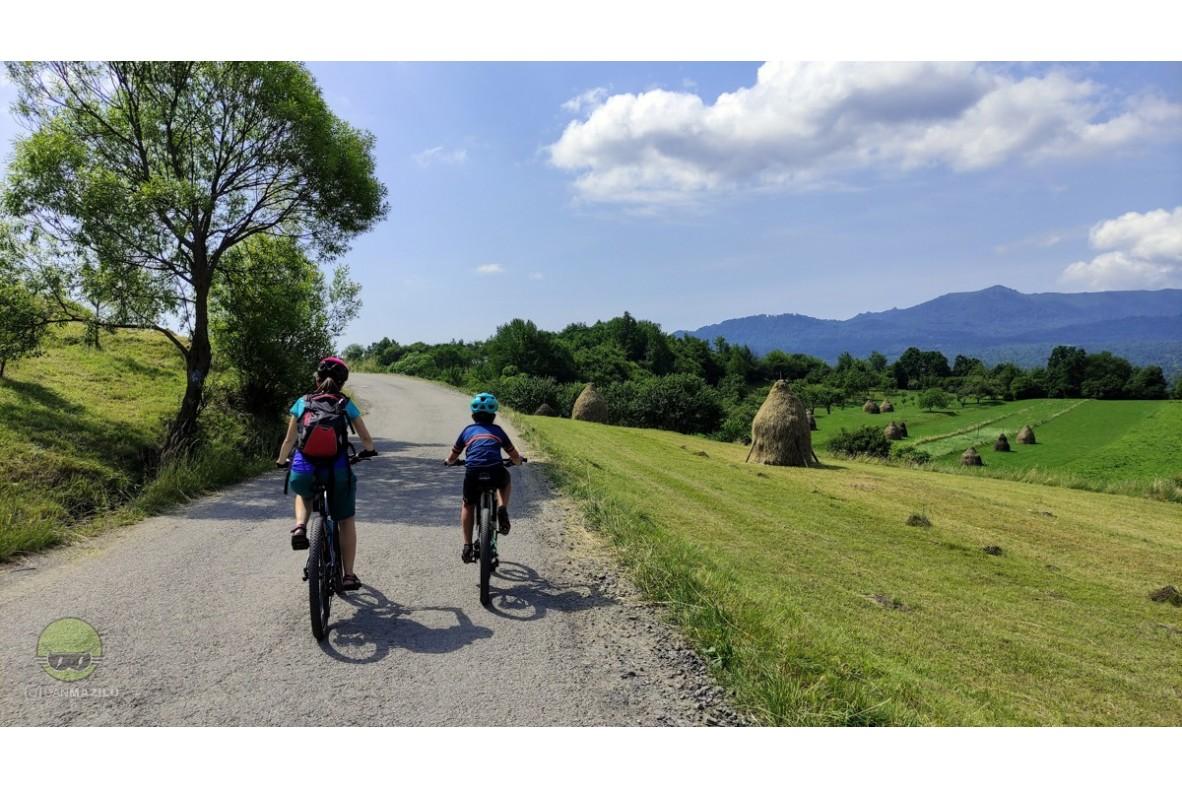Cu bicicleta în Maramureș – Mănăstirea Roșia