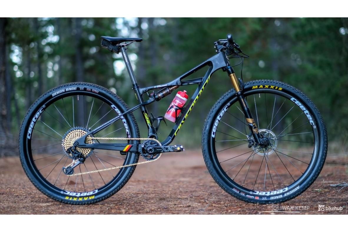 Bike check: Silverback-ul Stratos SBC al lui Jennie Stenerhag