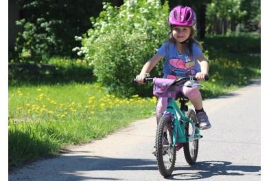 Tinerii campioni pedalează pe Silverback!