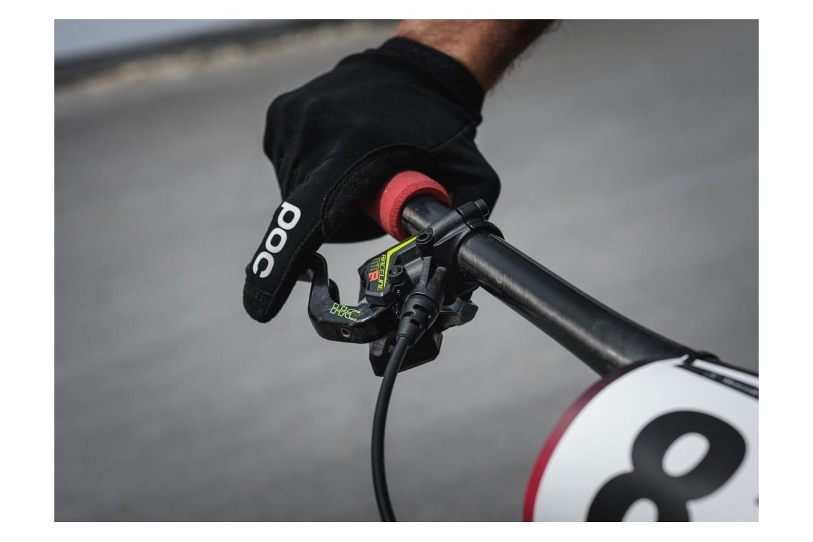 Cum să eviți durerea încheieturilor mâinilor pe bicicletă